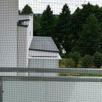 siatka na balkon z boku siatka