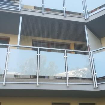 siatki-na-balkon106