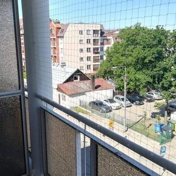 siatki-na-balkon23