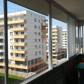 siatki-na-balkon36