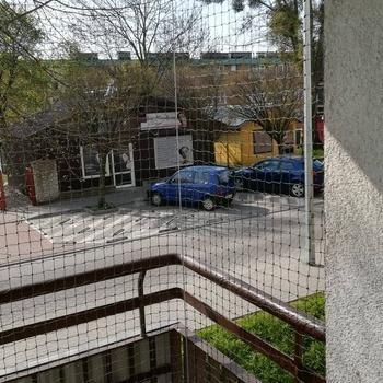 siatki-na-balkon58