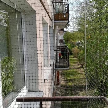 siatki-na-balkon59