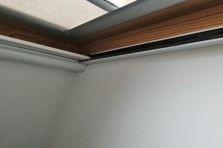Moskitiery dachowe rolowane ramka