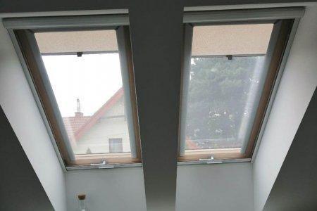 Moskitiery dachowe rolowane podwojne
