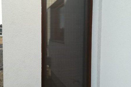Moskitiery okienne drzwi