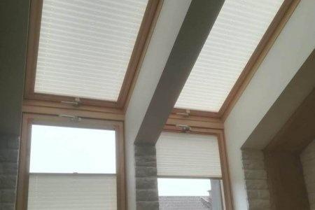 Plisy okienne odsloniete od dolu