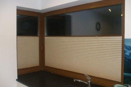Plisy okienne sufit