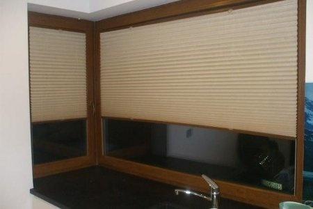Plisy okienne zamkniete